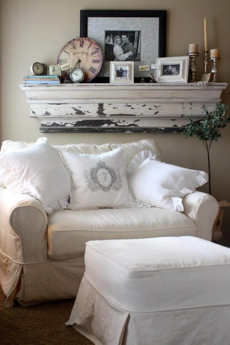 French Country Decor Ideas - Cozy Linen Slipcover Loveseat with Overstuffed Pillows - Cabritonyc.com
