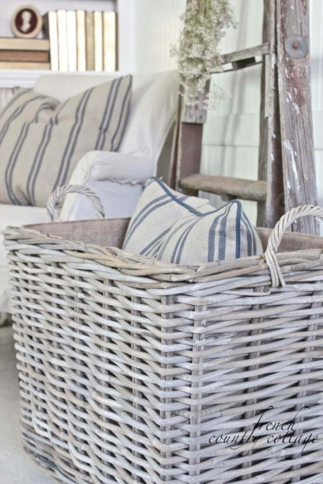 French Country Decor Ideas - Simple White Wicker Storage Basket - Cabritonyc.com