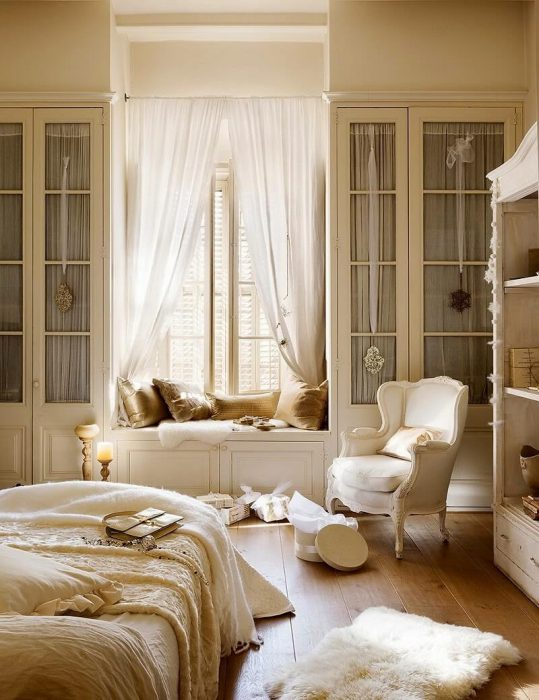 French Country Decor Ideas - Romantic White Bedroom with a Window Seat - Cabritonyc.com