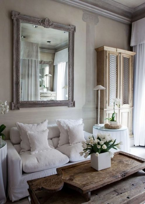 French Country Decor Ideas - French Country Livingroom with Fresco Wall Painting - Cabritonyc.com