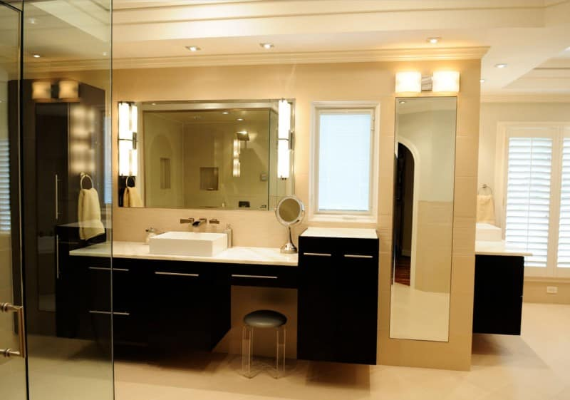 Bathroom Mirror Ideas - What about Full-Length Mirror Sizes for Bathroom Decor 2 - Cabritonyc.com