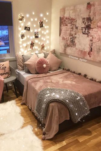 Teenage Girl Bedroom Ideas - Cozy Teen Bedroom With A Platform Bed - Cabritonyc.com