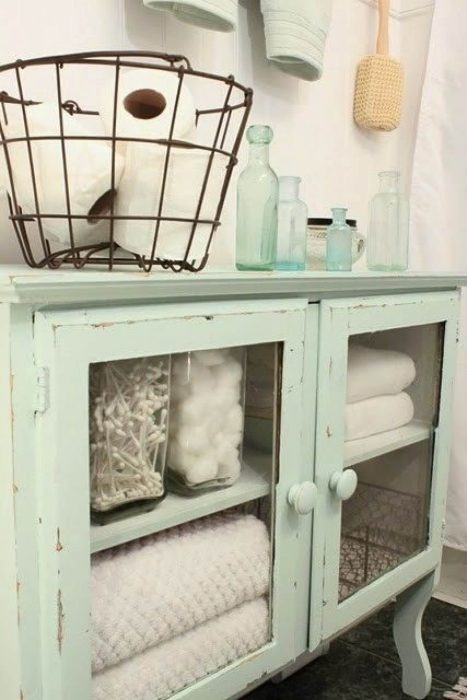 Bathroom Storage Ideas - Display Your Style Savvy - Cabritonyc.com