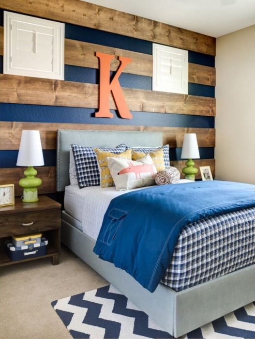 Accent Wall Ideas - With Stripped Wood - Cabritonyc.com