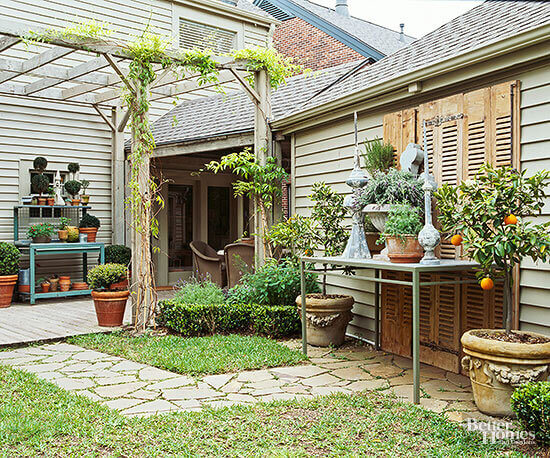 Backyard Landscaping Ideas - Landscape Around an Eyesore - Cabritonyc.com
