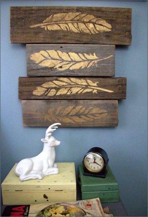 Rustic Wall Decor Ideas - Stenciled Metallic Feathers on Weathered Wood Blocks - Cabritonyc.com