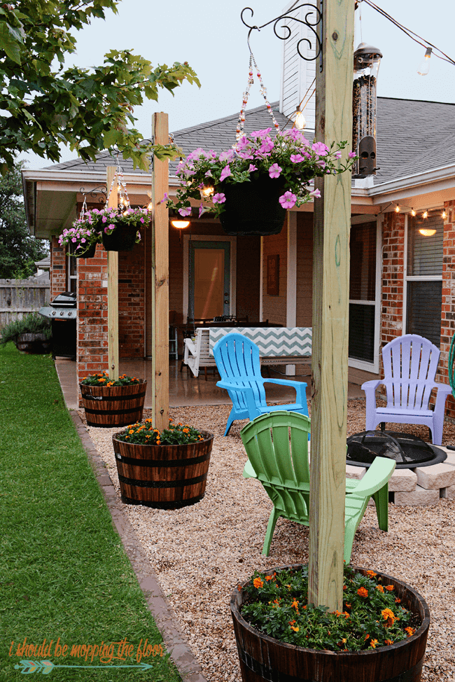 Backyard Landscaping Ideas - Finding Room for Color - Cabritonyc.com