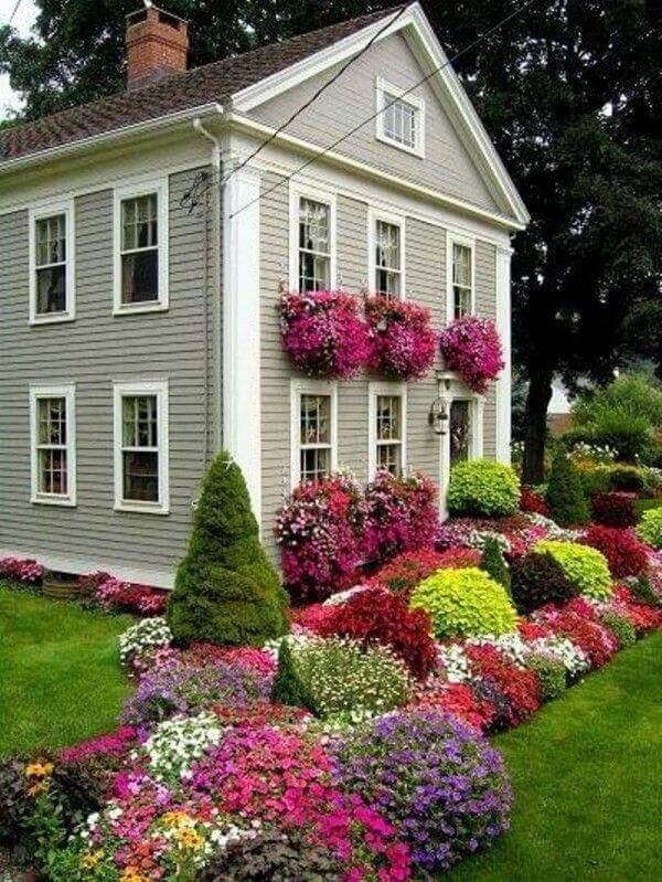 Front Yard Landscaping Ideas Multi-Season Flowerbed with Annuals and Evergreens - Cabritonyc.com
